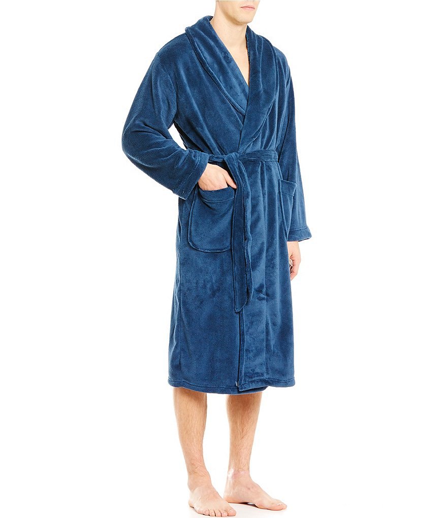 Roundtree & Yorke Plush Solid Robe