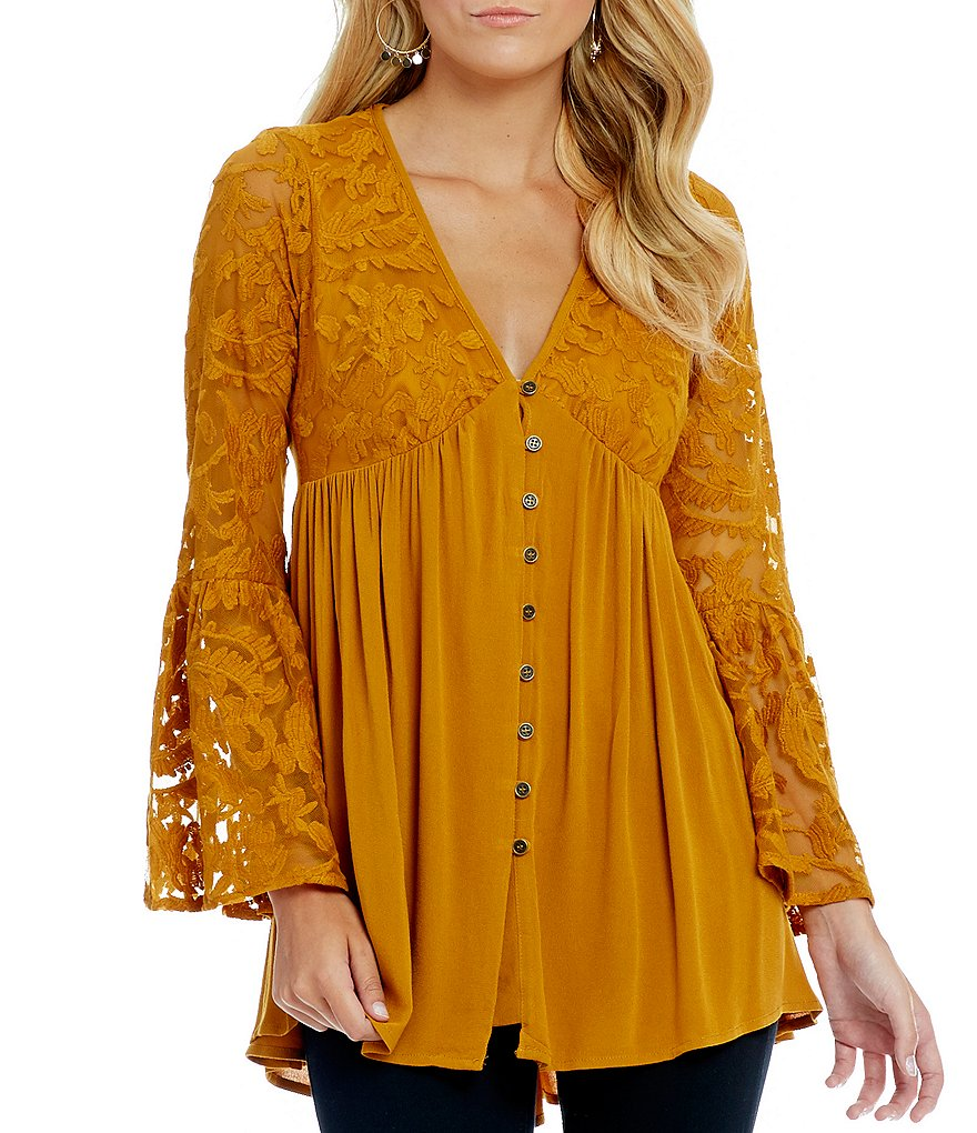 Jolt V-Neck Button-Front Bell Sleeve Lace Top