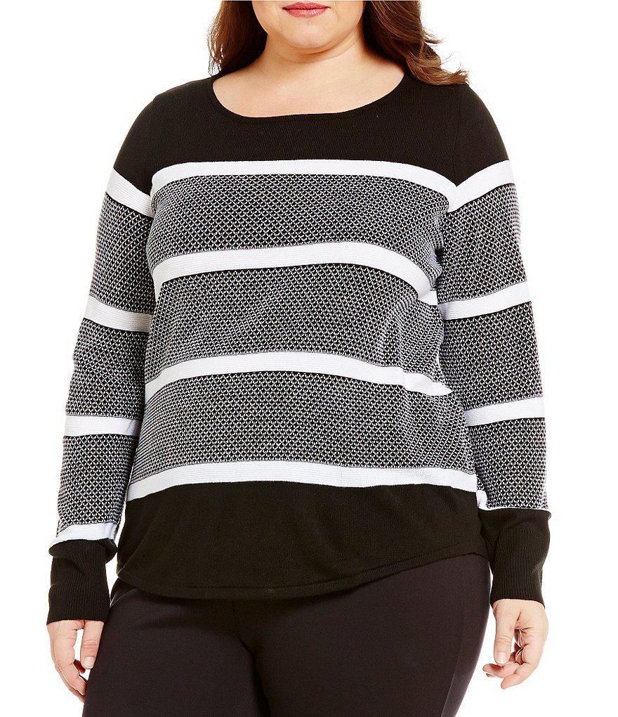 Westbound Plus Scoop Neck Circle Hem Printed Sweater