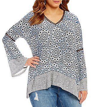 Jessica Simpson Plus Ladira V-Neck Bell Sleeve Printed Top