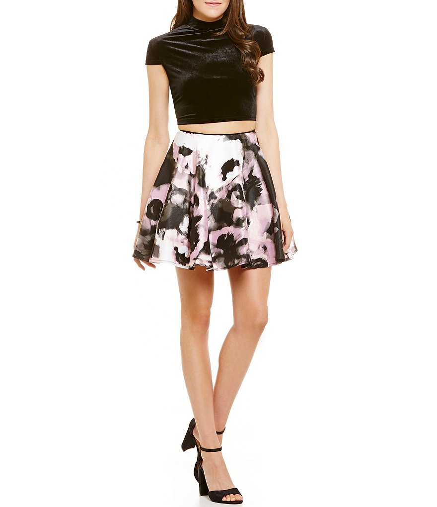 Jodi Kristopher Mock Neck Velvet Top Floral Skirt Two-Piece Skater Dress