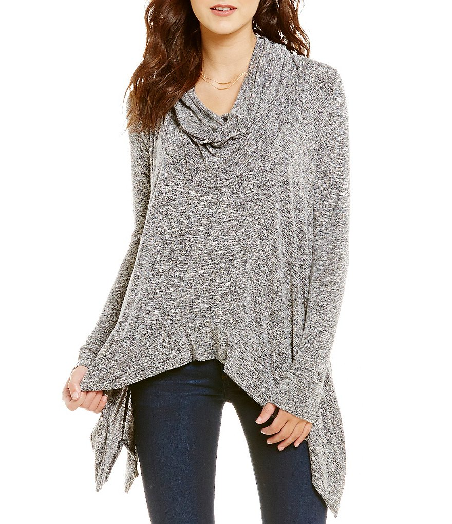 ELAN Cowl Neck Sharkbite Tunic Top