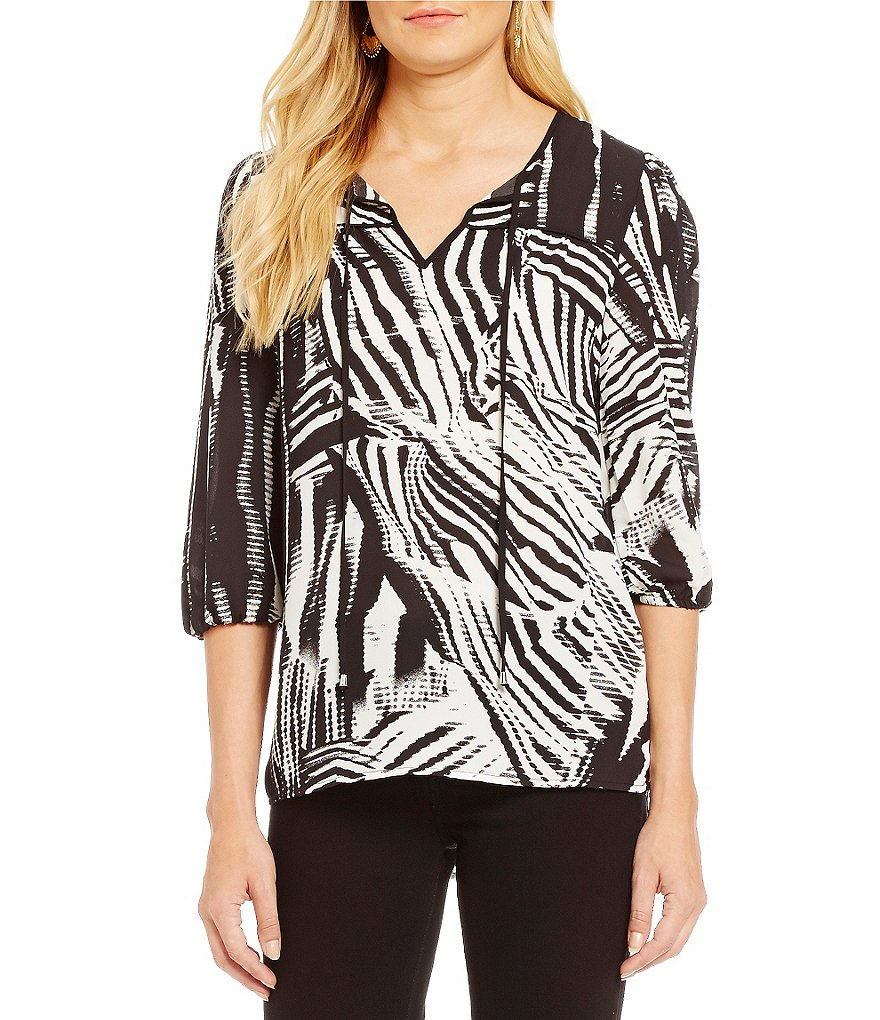 Spense 3/4 Sleeve Abstract Animal Print Woven Top