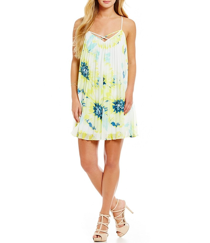 Guess Sleeveless Pleated Floral Sheath Dress