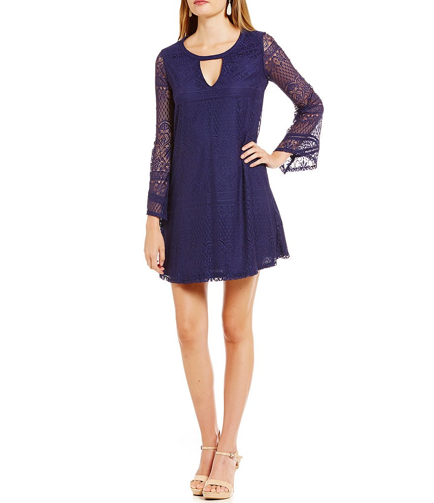 Sequin Hearts Keyhole Neckline Lace Shift Dress