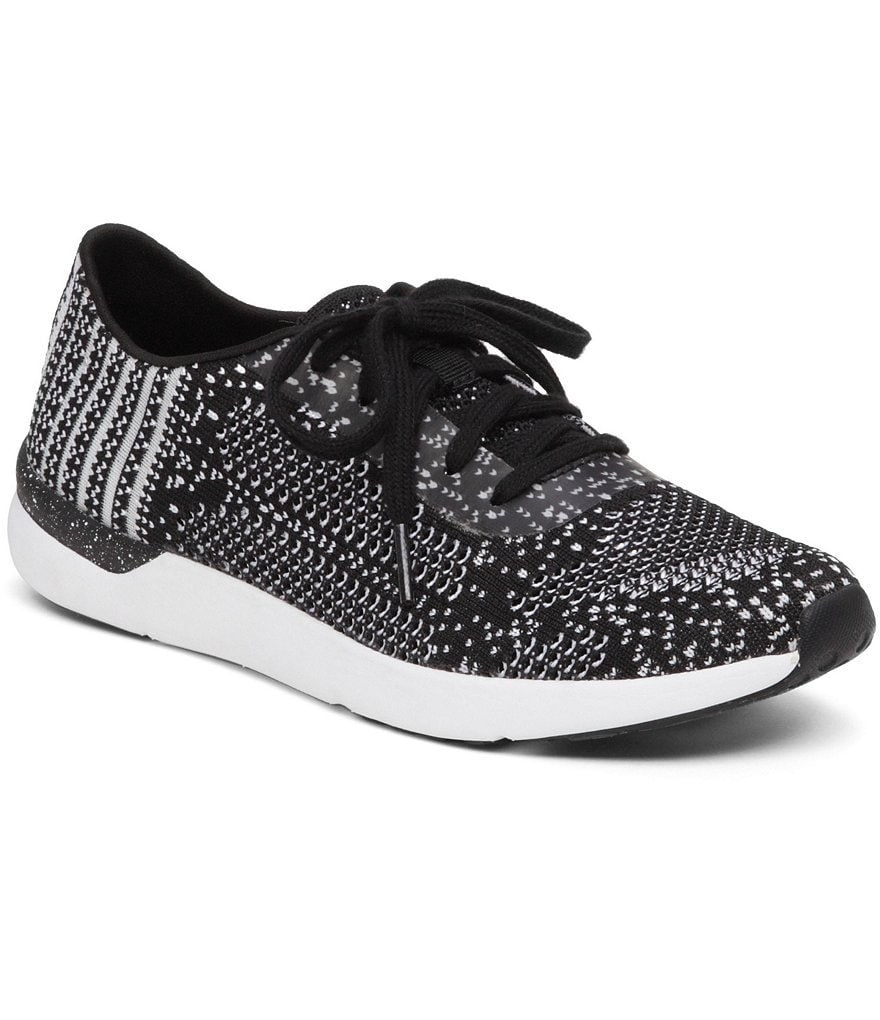 Jessica Simpson The Warm Up Fitt Athletic Sneakers