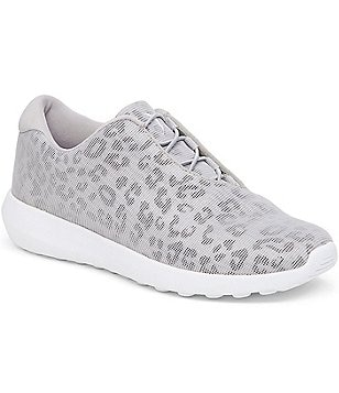 Jessica Simpson The Warm Up Nessa Athletic Sneakers