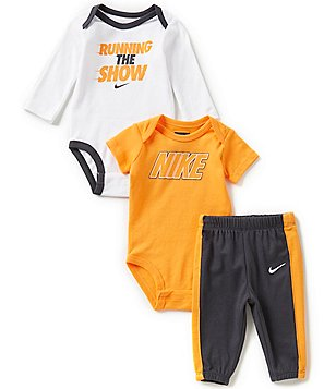 Nike Baby Boys Newborn-12 Months Running The Show Long-Sleeve Bodysuit, Logo-Detailed Short-Sleeve Bodysuit, and Pants Set