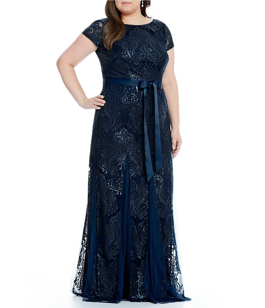 Adrianna Papell Plus Embroidered Lace Short Sleeve Gown