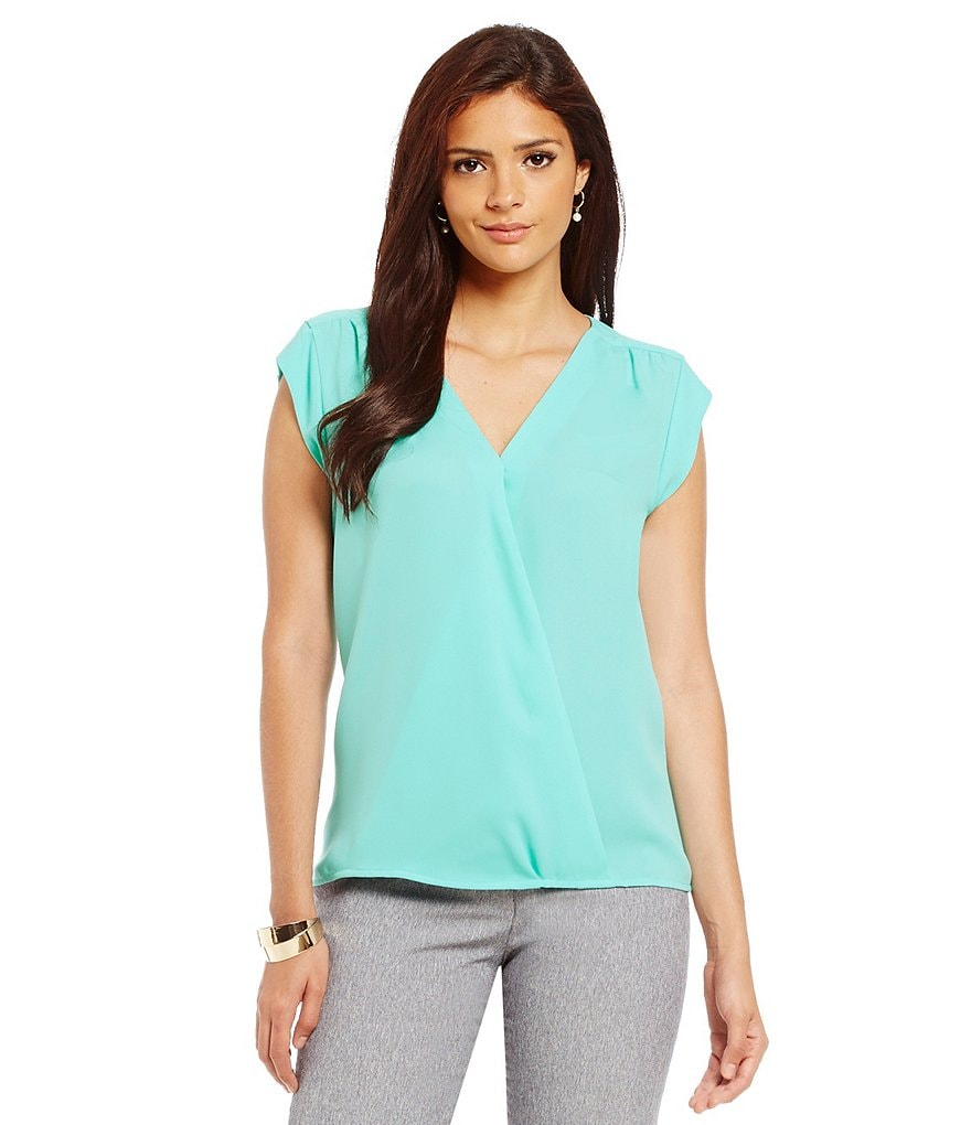 Alex Marie Aesthetic Allure Mona Crossover Woven Top