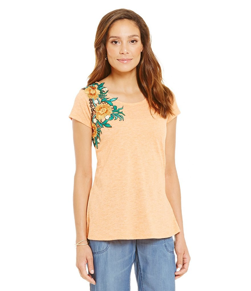Nurture Floral Applique Cap Sleeve Top