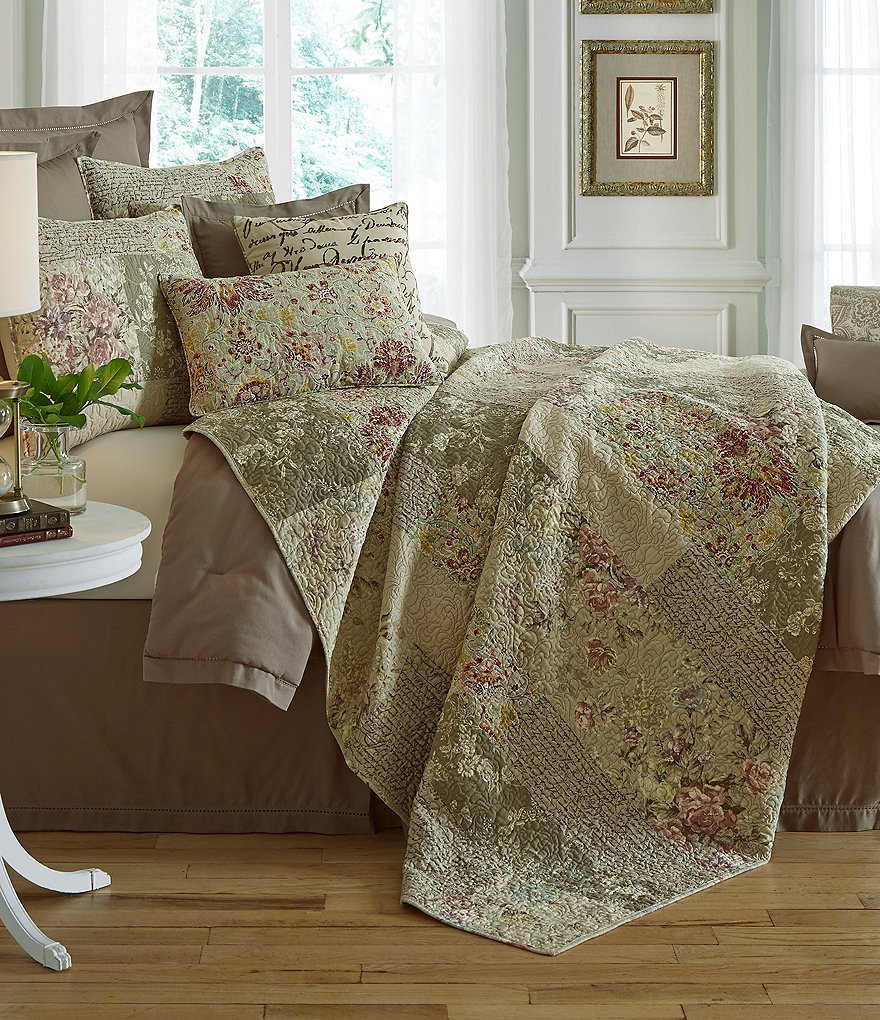 Villa by Noble Excellence Ashlyn Floral & Script Patchwork Cotton Quilt Mini Set