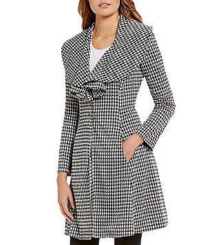 Fever Houndstooth Cascade Neck Topper