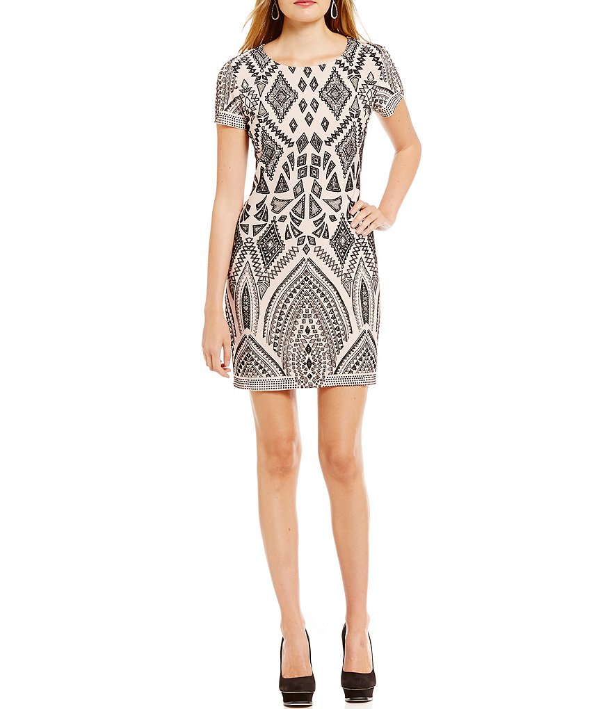 Jump Short-Sleeve Flocked Pattern Sheath Dress