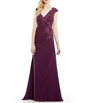 MGNY Madeline Gardner New York Side Ruched Sleeveless Applique Gown