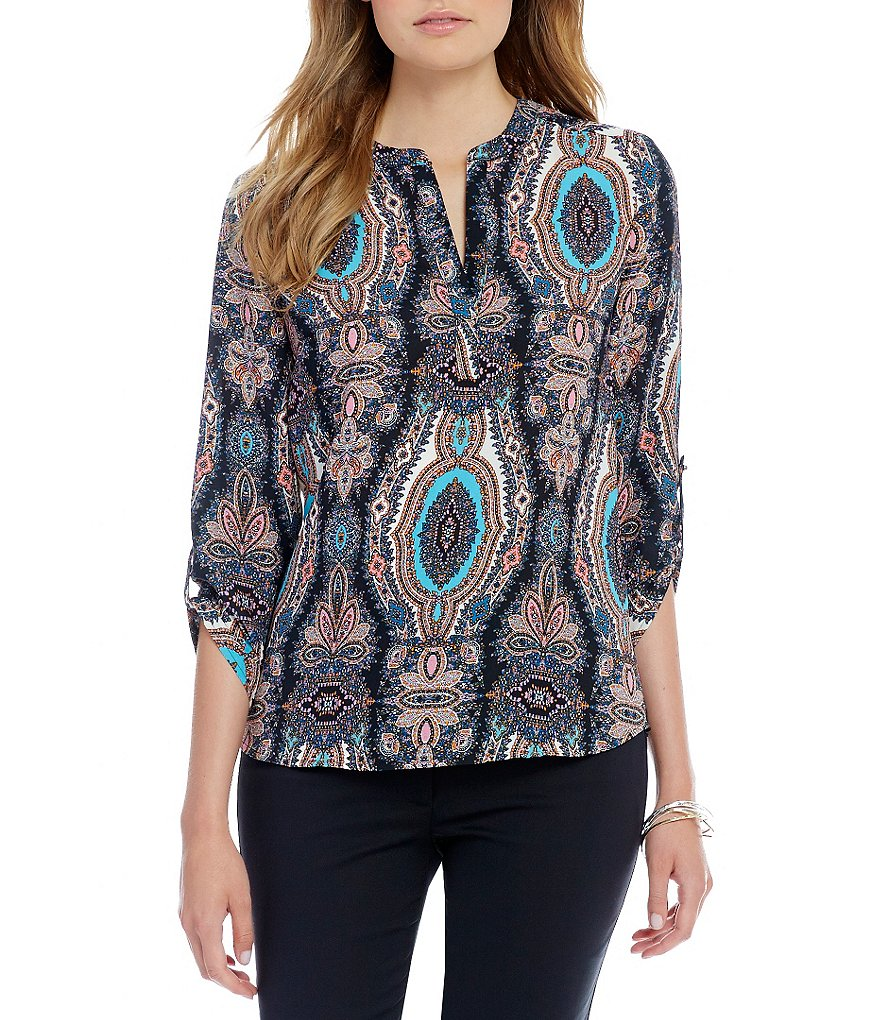 Gibson & Latimer Printed 3/4 Sleeve Roll-Tab Blouse