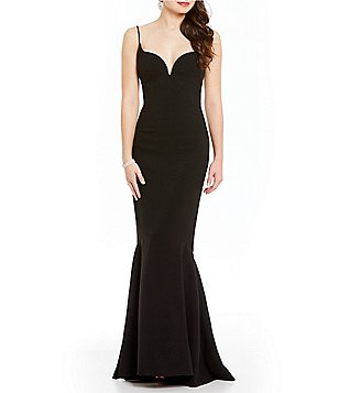 Nicole Miller Collection Techy Crepe V Bar Gown