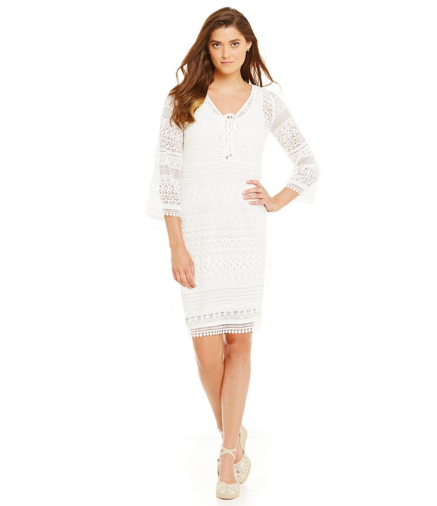 Adrianna Papell Petite Bell-Sleeve Y-Neck Lace Shift Dress