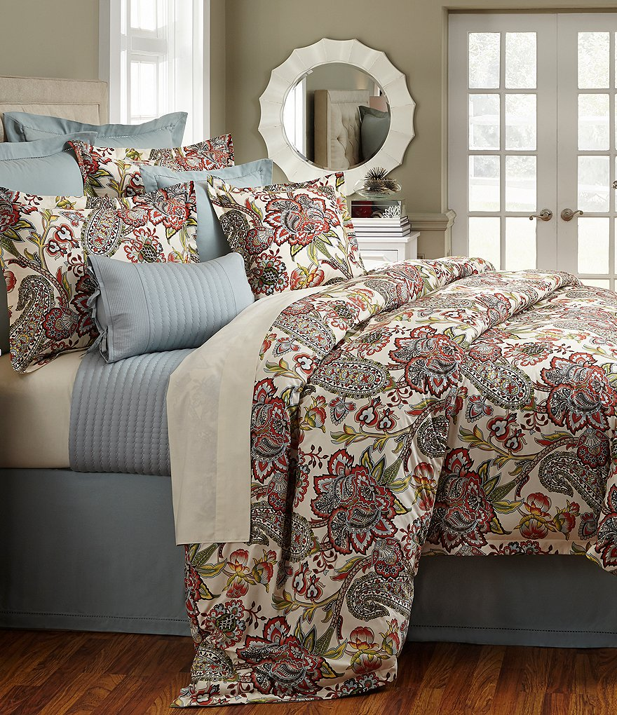 Villa by Noble Excellence Pandora Floral & Paisley Comforter Mini Set