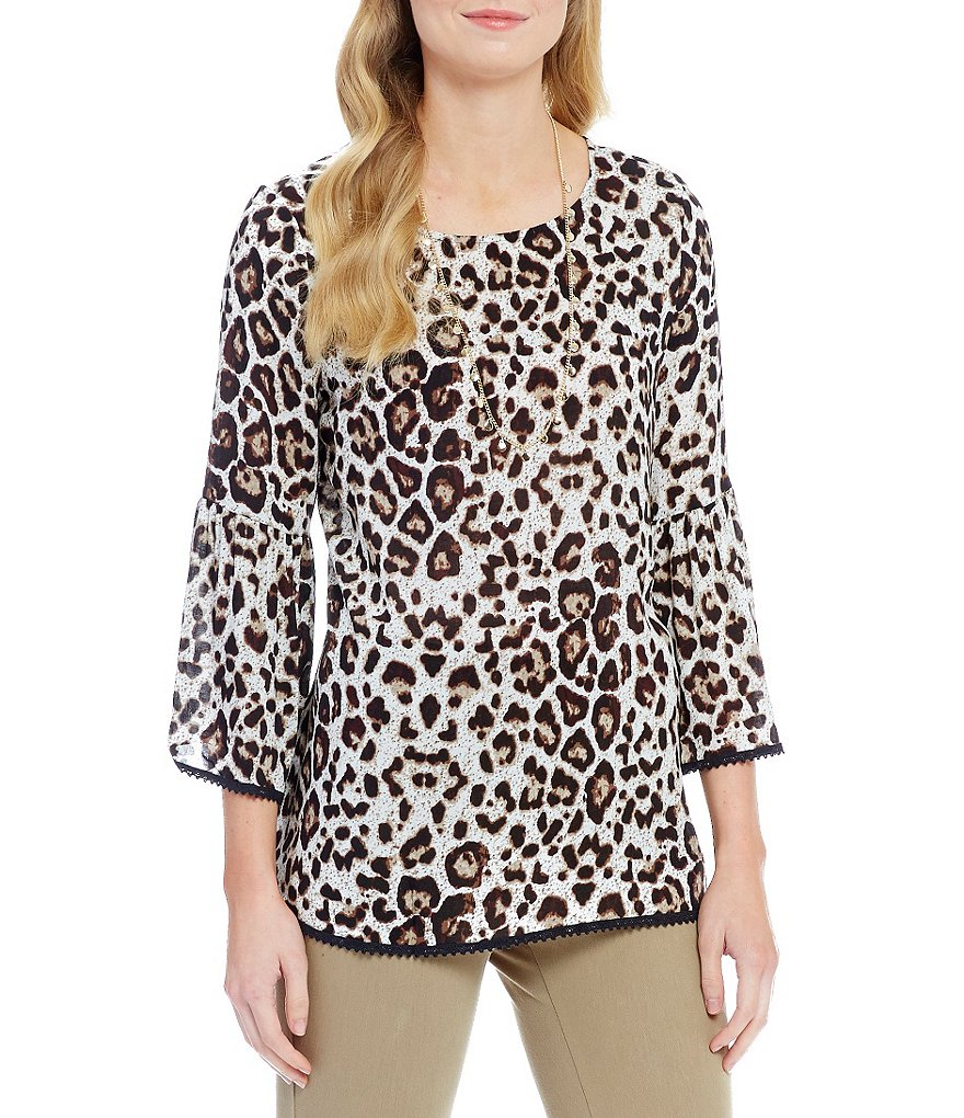 Westbound 3/4 Sleeve Loop Hem Peasant Top
