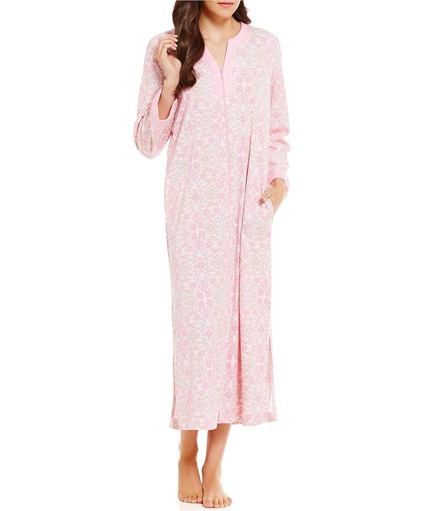 Miss Elaine Medallion-Print Grip Robe