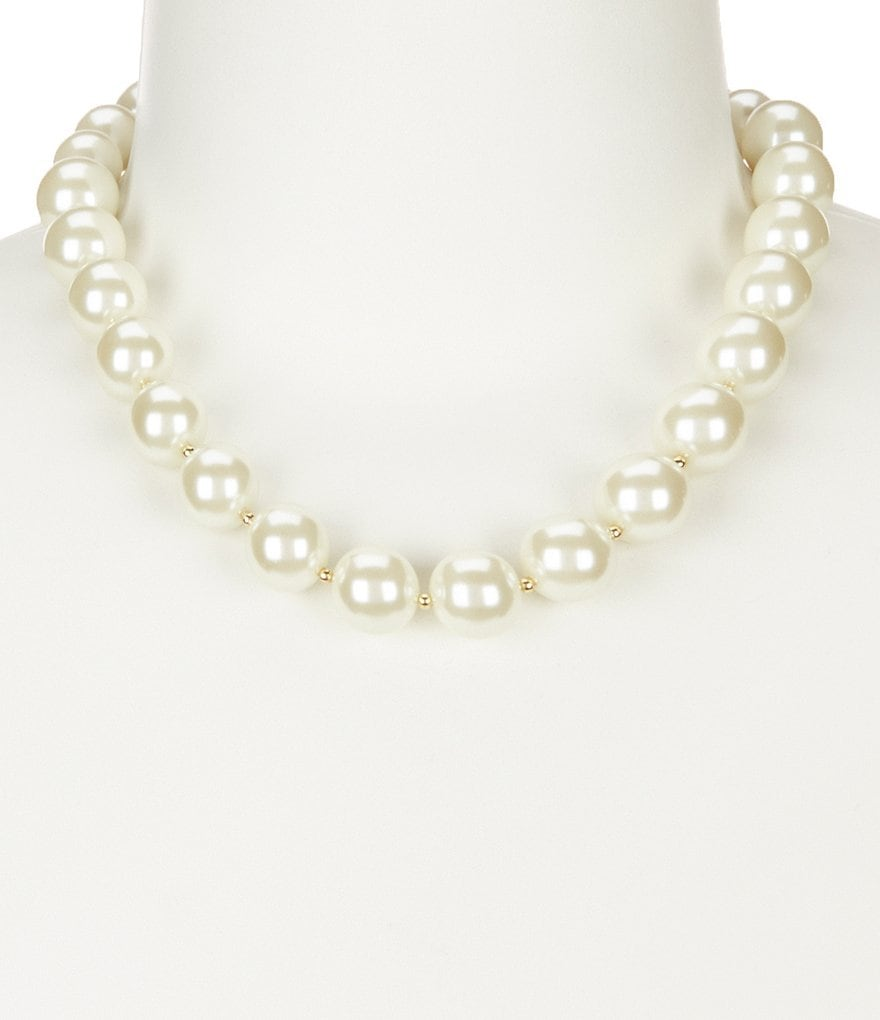 Anne Klein Blanc Pearl Collar Necklace