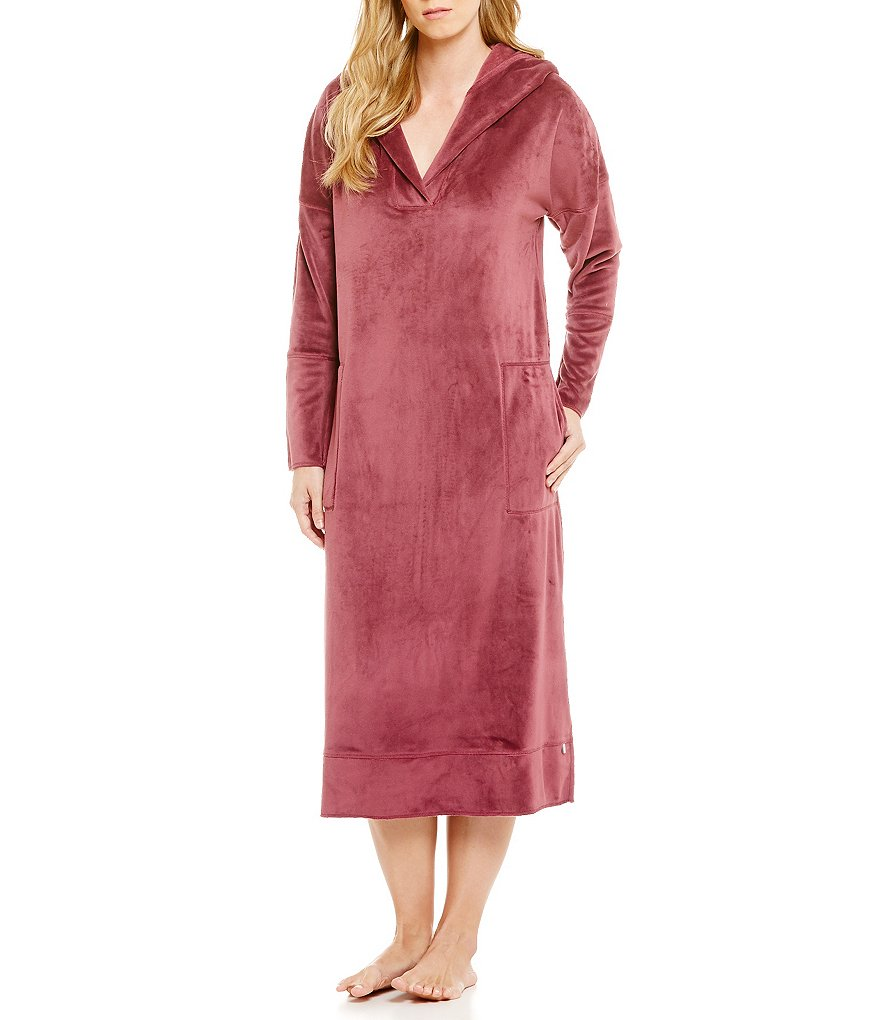 iRelax Luxe Velvet Hooded Caftan