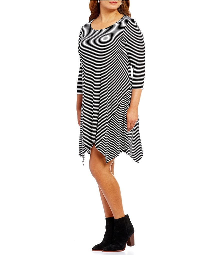 Moa Moa Plus 3/4 Sleeve Sharkbite Stripe Print Dress