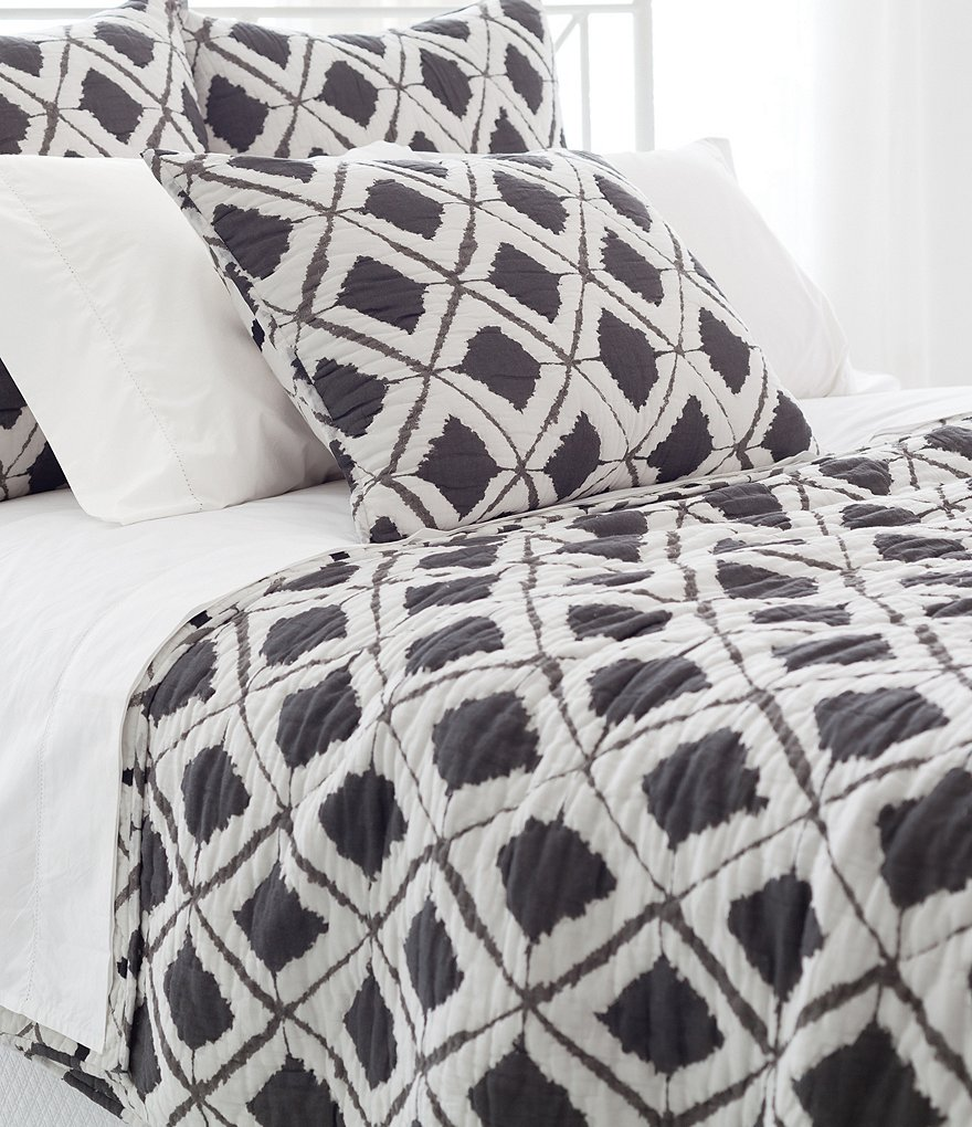 Pine Cone Hill Naraya Diamond-Patterned Cotton Quilt