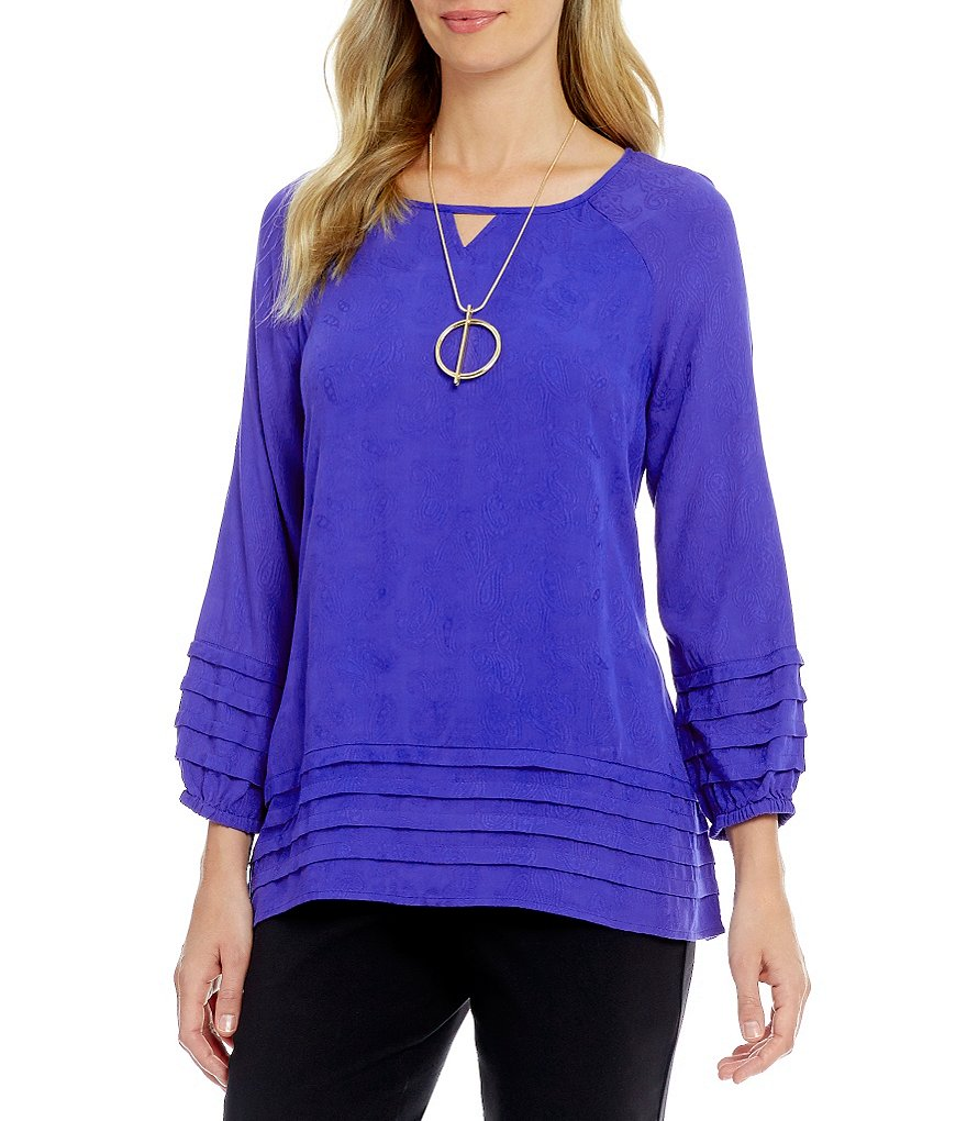 Westbound Tiered Peasant Keyhole Solid Top