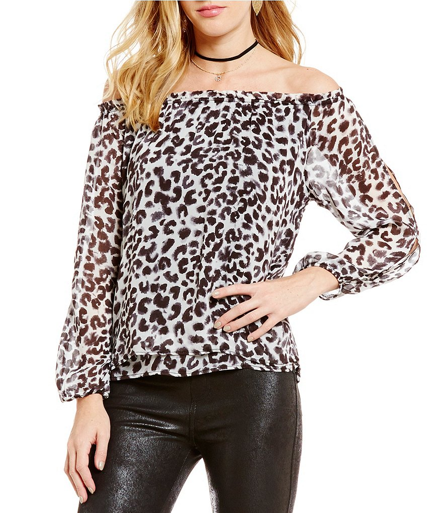 Sanctuary Chantel Off-The-Shoulder Leopard Print Top