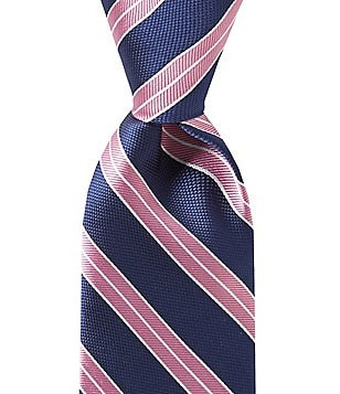 Roundtree & Yorke Trademark Repeat Stripe Traditional Silk Tie