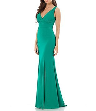 Carmen Marc Valvo Infusion V-Neck Crepe Mermaid Gown