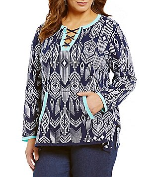 Ruby Rd. Plus Split V-Neck Long Sleeve Pouch Pocket Print Sweater Tunic