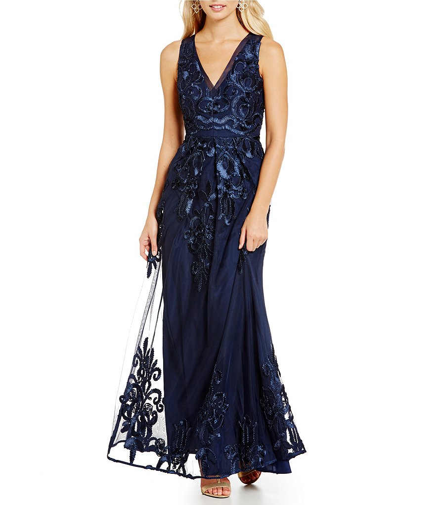 Belle Badgley Mischka Sleeveless Embellished V-Neck Gown