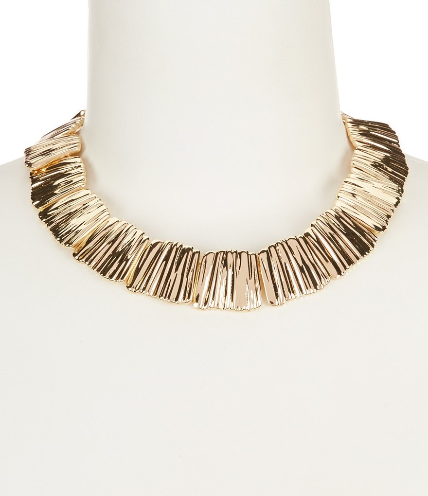 Dillard´s Tailored Ribbed Collar Necklace