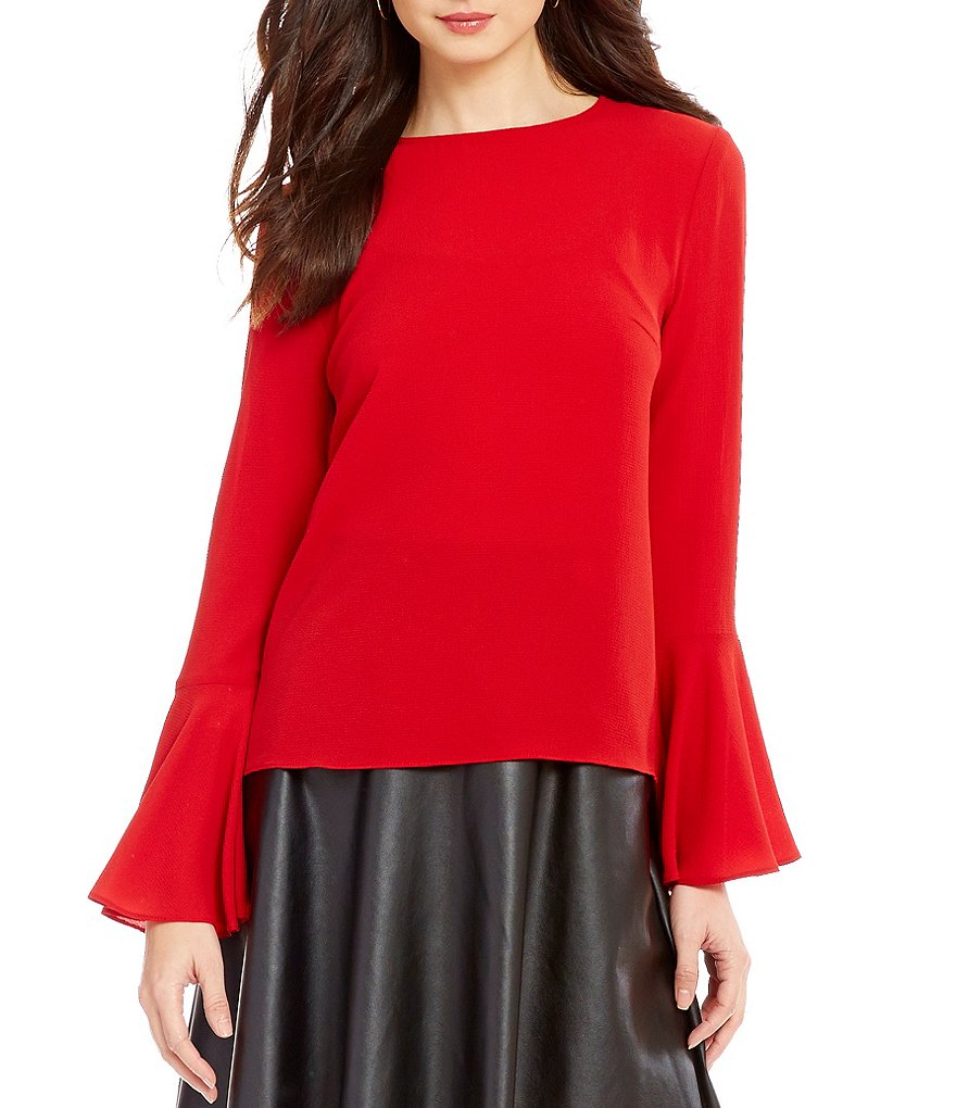 WAYF Winning Hand Round Neck Bell Sleeve Solid Blouse