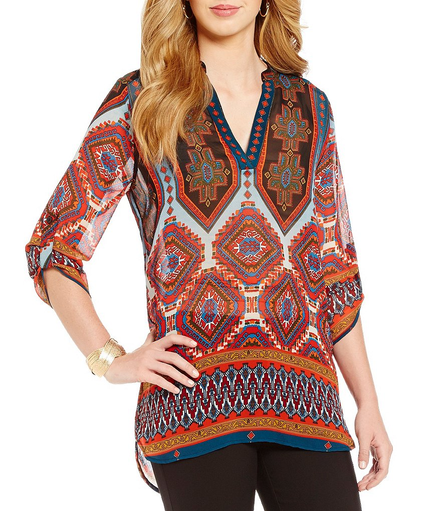 Gibson & Latimer Aztec Printed V-Neck Roll-Tab Sleeve Tunic