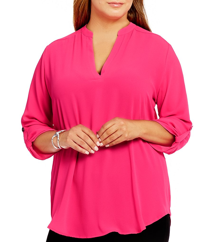 Gibson & Latimer Plus V-Neck 3/4 Roll Tab Sleeve Solid Tunic