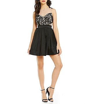 Dear Moon Illusion Lace Applique Bodice Skater Dress