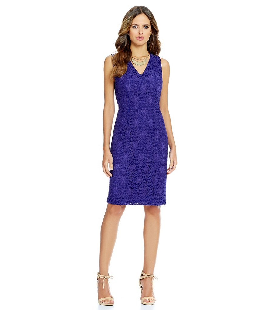 Gianni Bini Martha V-Neck Slim Lace Dress