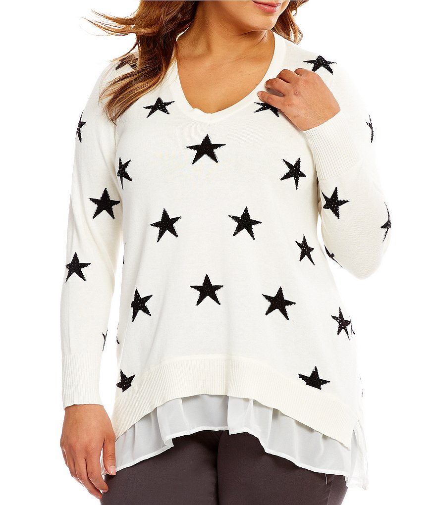 Chelsea & Theodore Plus Star Print Ruffle Hem V-Neck Pullover Sweater