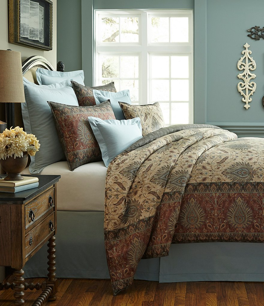Villa by Noble Excellence Savino Comforter Mini Set