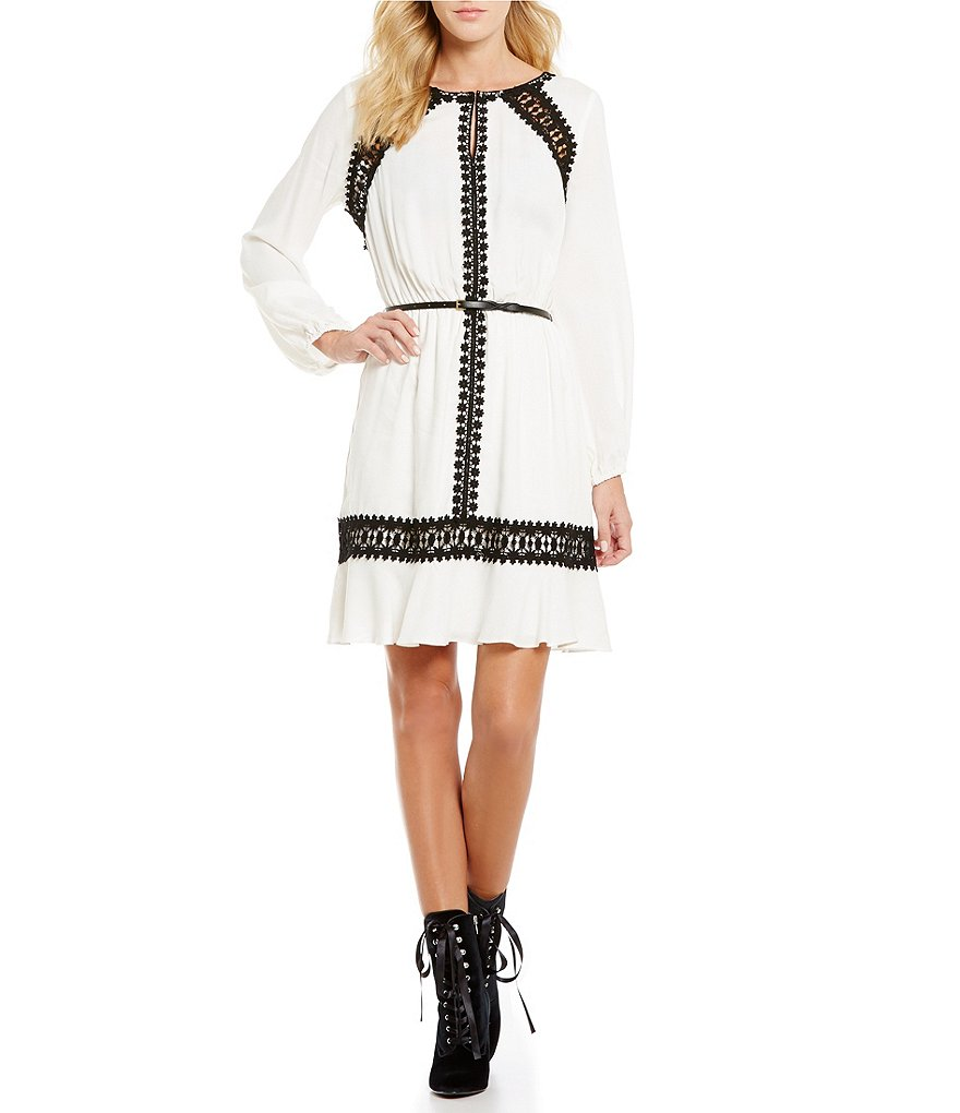 Chelsea & Violet Crochet Naomi Keyhole Neck Long Sleeve Dress