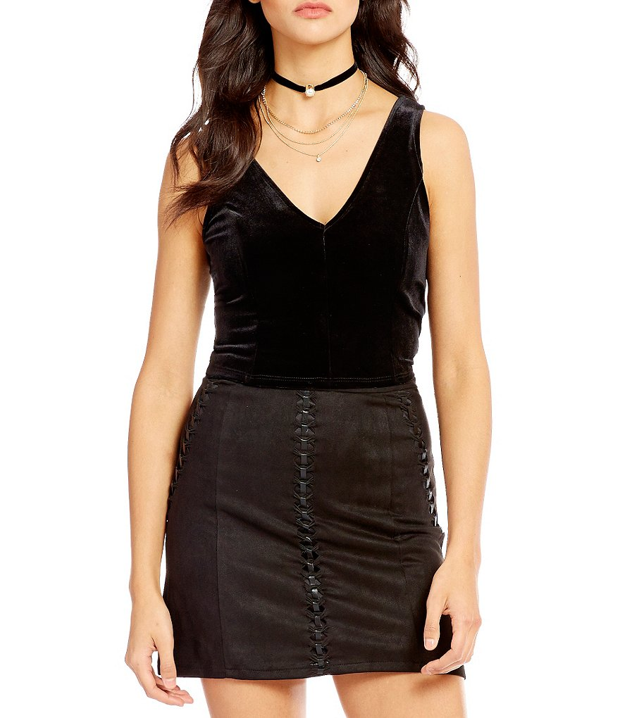 Soprano Double-V Neck Velvet Crop Top