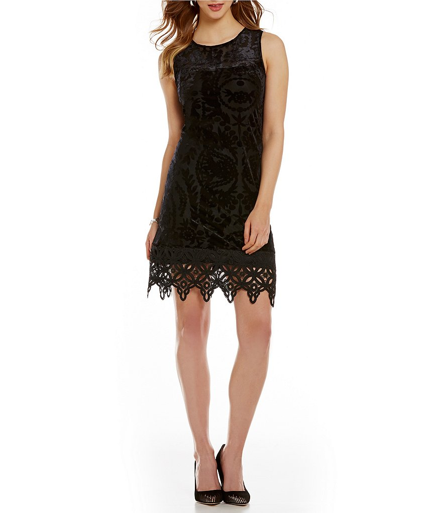 Cupio Velvet Burnout Crochet Lace Dress
