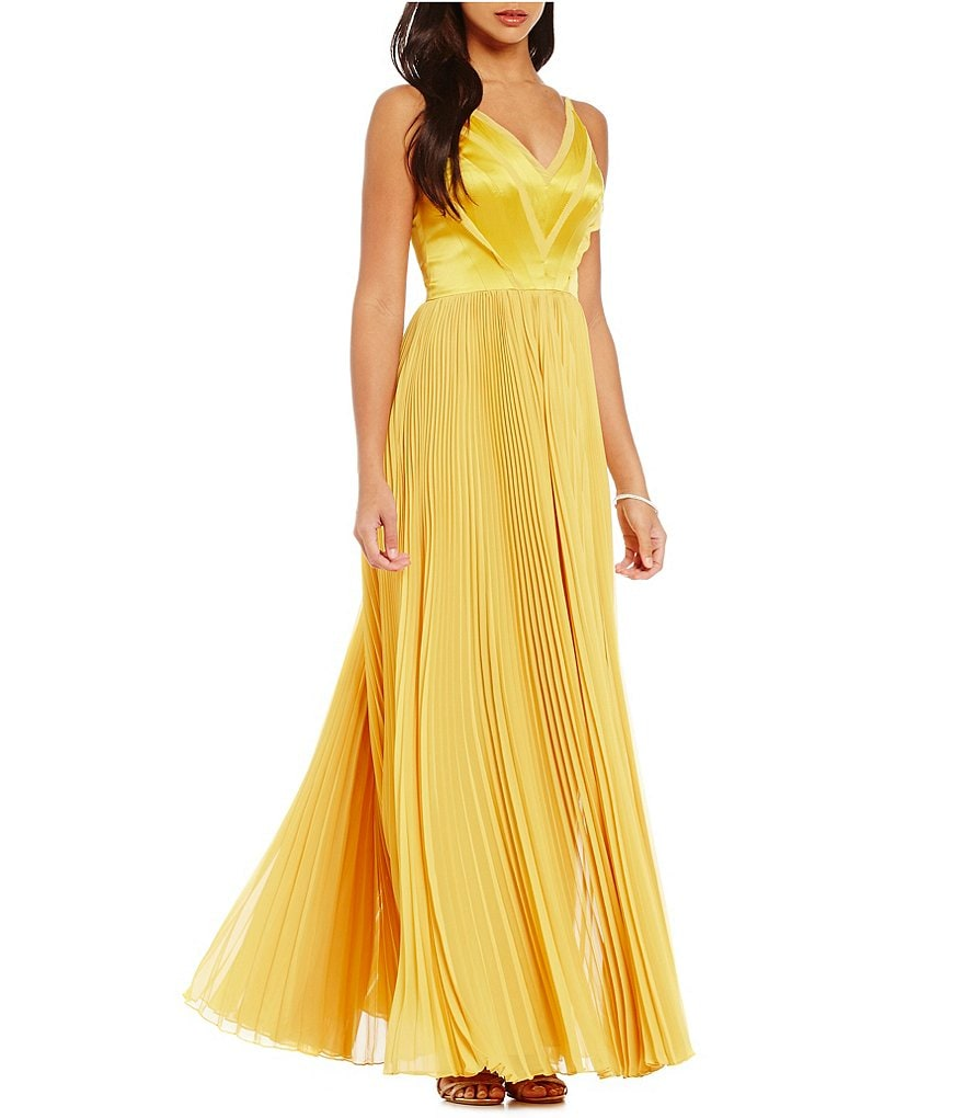 Kay Unger V-Neck Satin Bodice Pleated Gown
