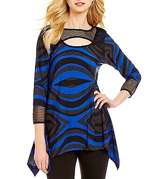 Calessa Round Neck 3/4 Sleeve Asymmetrical Hem Wave Print Tunic