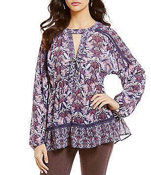Coco + Jaimeson Floral-Print Lace-Up Choker-Neck Long-Sleeve Peasant Top