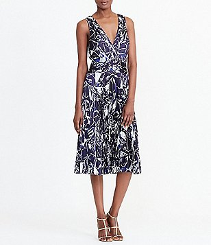 Lauren Ralph Lauren Graphic Print Pleated V-Neck Sleeveless Dress